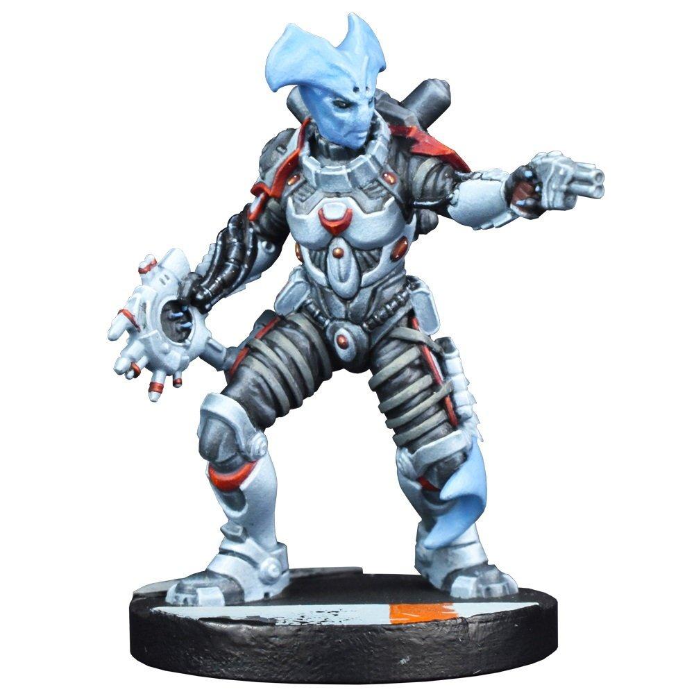 Star Saga: Kira Nikolovski Sphyr Medic Pre-order Figure