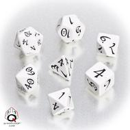 Classic Rpg Dice Set White/black (7) Box Front