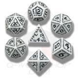 Runic Dice Set White/black (7) Box Front