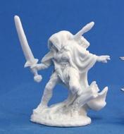 Dark Heaven: Bones Nienna Female Elf Ranger Box Front