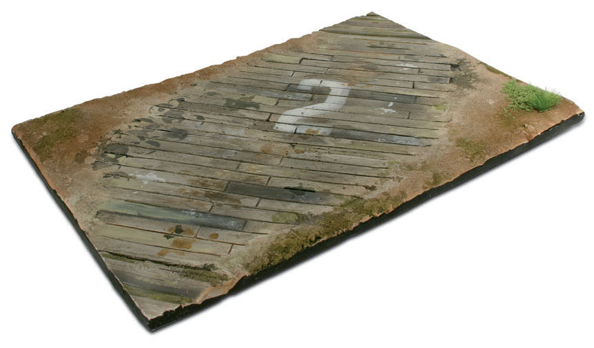 Scenics: Wooden Airfield Surface (31x21cm) Box Front